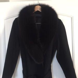 Ladies long dress coat with fur collar